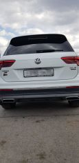 Volkswagen Tiguan, 2017 год, 2 390 000 руб.