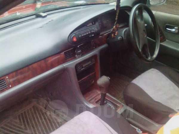 Nissan Bluebird, 1992 год, 70 000 руб.