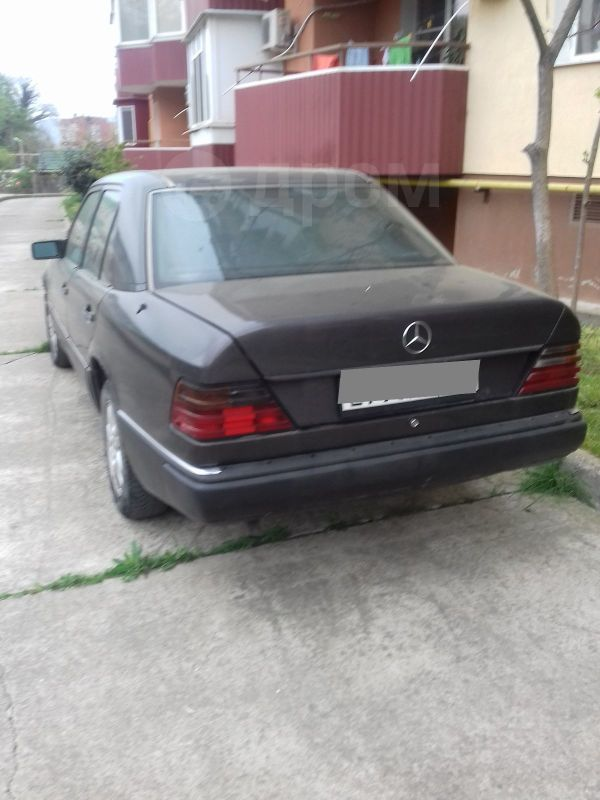 Mercedes-Benz E-Class, 1992 год, 120 000 руб.