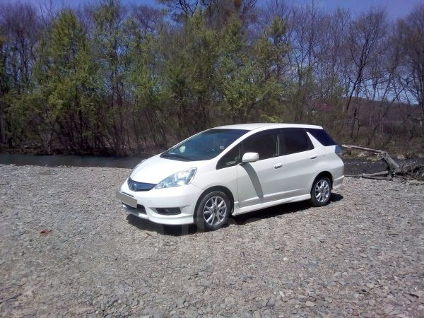 Honda Fit Shuttle, 2011 год, 525 000 руб.