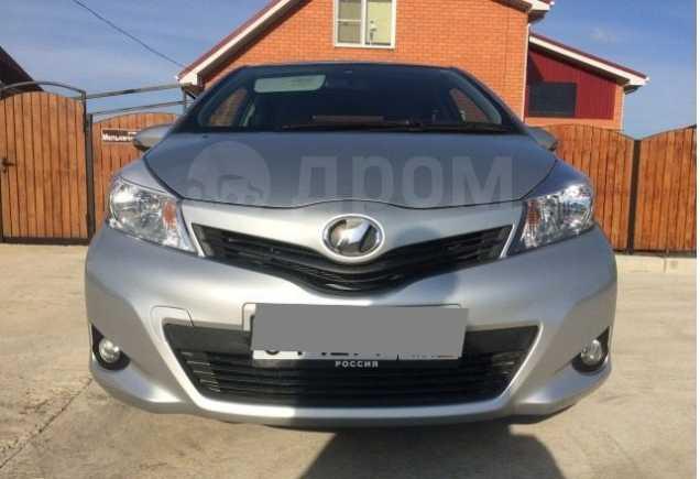 Toyota Vitz, 2011 год, 515 000 руб.