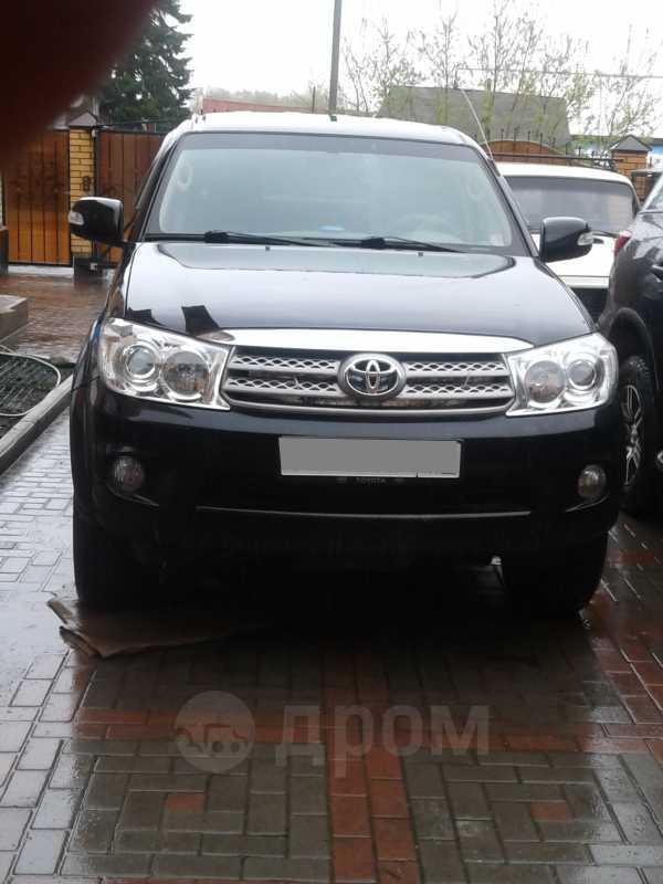 Toyota Fortuner, 2011 год, 1 350 000 руб.