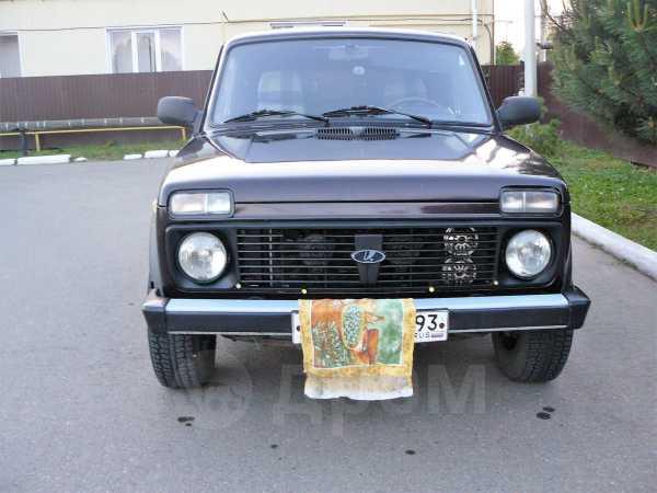 Лада 4x4 2121 Нива, 2006 год, 215 000 руб.