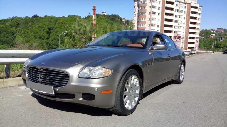Maserati Quattroporte, 2005 год, 1 200 000 руб.