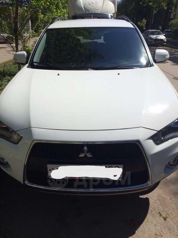 Mitsubishi Outlander, 2011 год, 730 000 руб.
