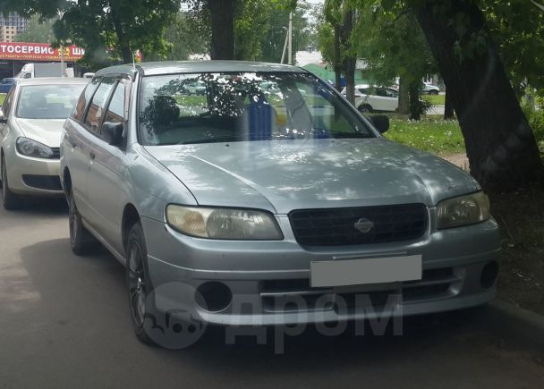 Nissan Avenir, 2004 год, 800 000 руб.