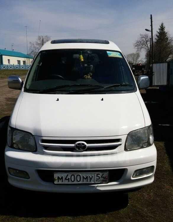 Toyota Noah, 1999 год, 340 000 руб.