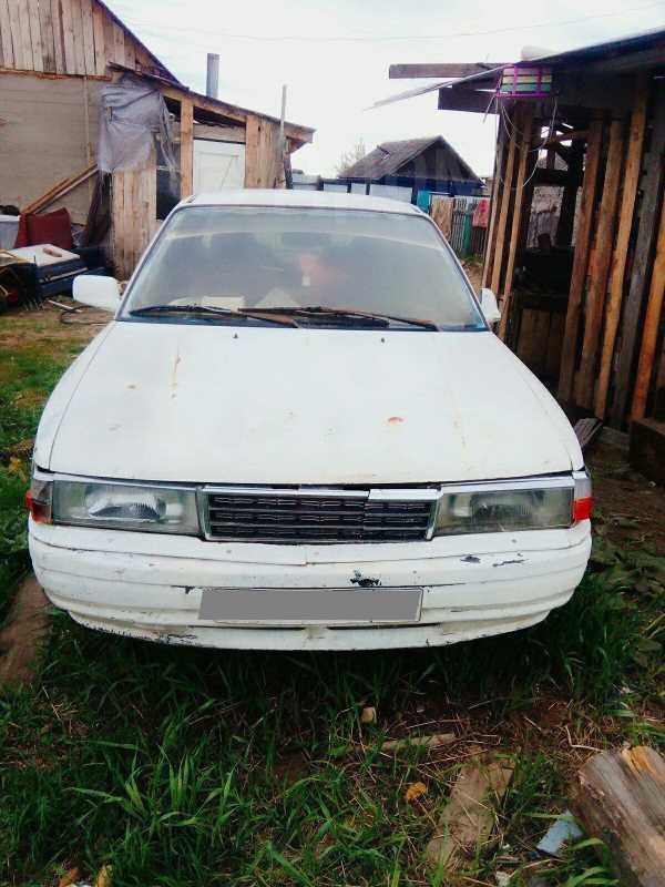 Mazda Familia, 1989 год, 15 000 руб.
