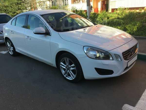 Volvo S60, 2011 год, 680 000 руб.