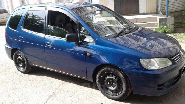 Toyota Corolla Spacio, 2001 год, 255 000 руб.