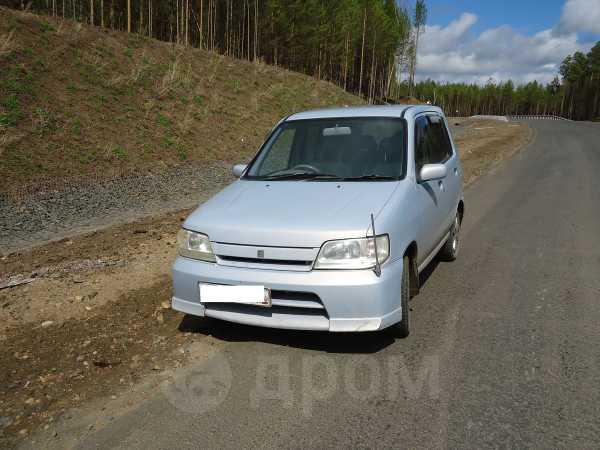 Nissan Cube, 2001 год, 195 000 руб.