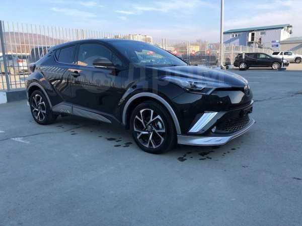 Toyota C-HR, 2017 год, 2 000 000 руб.
