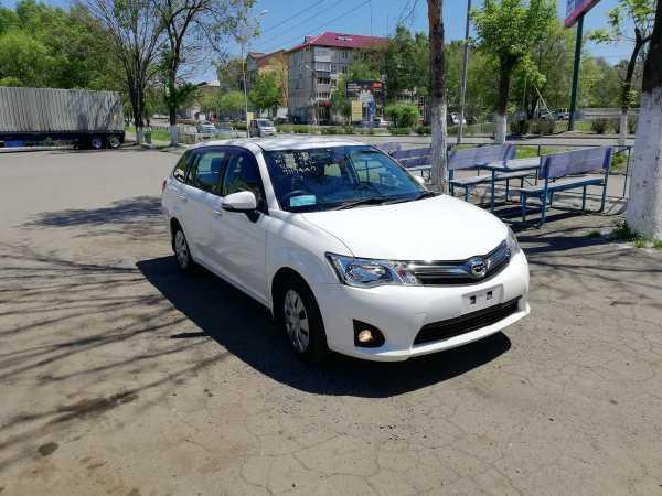 Toyota Corolla Fielder, 2015 год, 715 000 руб.