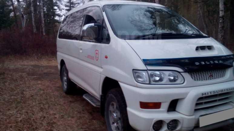 Mitsubishi Delica, 2001 год, 300 000 руб.