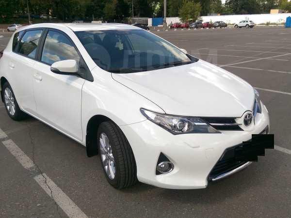 Toyota Auris, 2014 год, 910 000 руб.