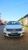Volkswagen Tiguan, 2014 год, 900 000 руб.
