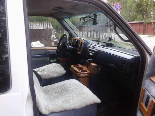 Chevrolet Astro, 1995 год, 555 000 руб.