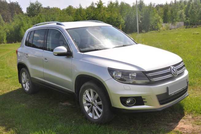 Volkswagen Tiguan, 2012 год, 780 000 руб.