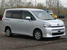 Кемерово Toyota Voxy 2012