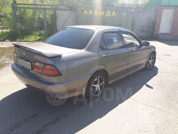 Honda Accord, 1999 год, 245 000 руб.
