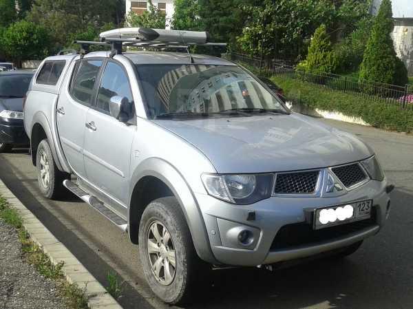 Mitsubishi L200, 2012 год, 1 100 000 руб.
