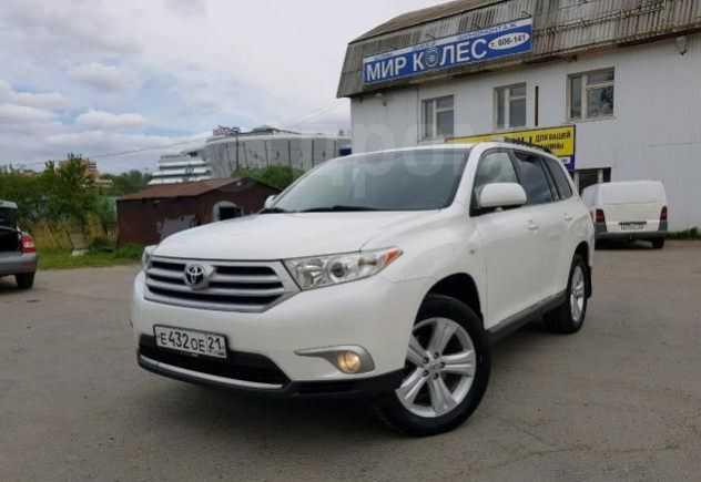 Toyota Highlander, 2013 год, 1 220 000 руб.