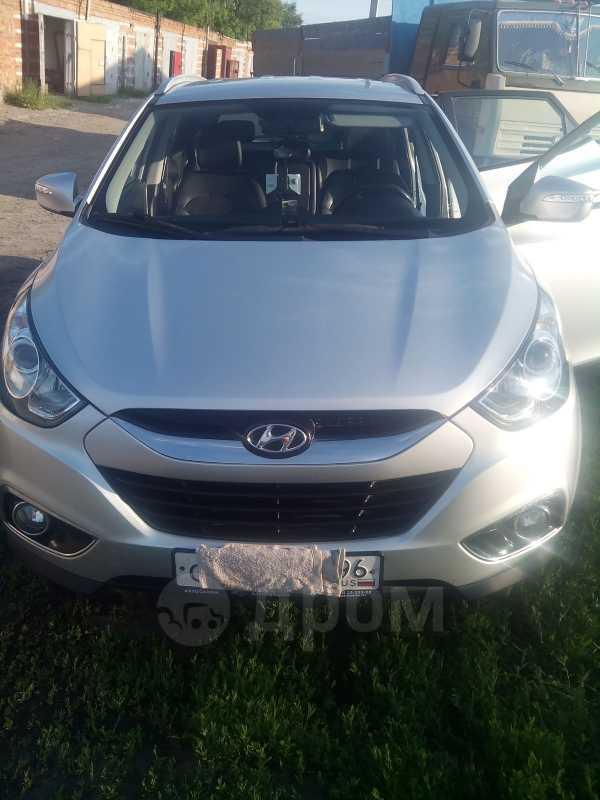 Hyundai ix35, 2010 год, 825 000 руб.