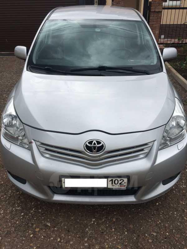 Toyota Verso, 2011 год, 710 000 руб.
