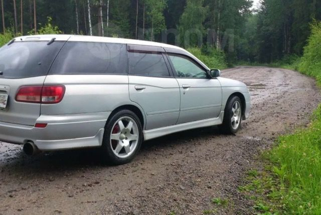Nissan Avenir, 2000 год, 290 000 руб.