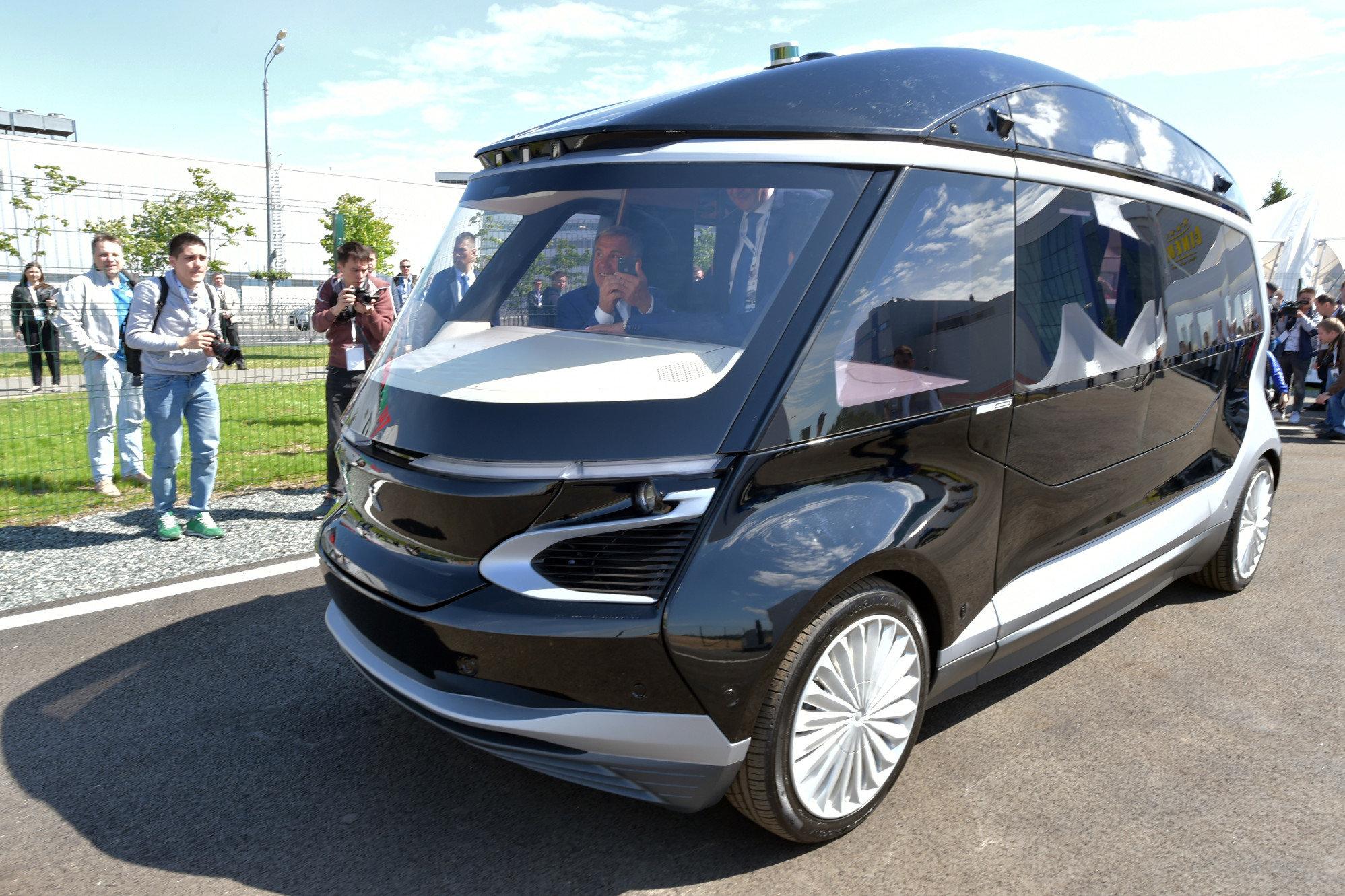 Автомобили проекта Кортеж могут перевести на электротягу