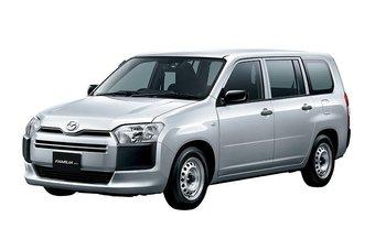 Цена новой Mazda Familia Van в Японии в зависимости от комплектации составляет от 1 590 000 до 1 877 000 иен.