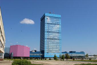 В прошлый раз «АвтоВАЗ» повышал тарифные ставки и оклады своим сотрудникам в Тольятти год назад.