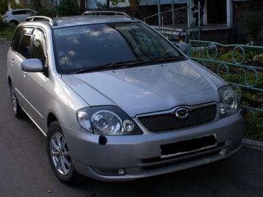 Toyota Corolla Fielder, 2001
