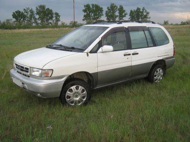 Nissan Prairie Joy, 0
