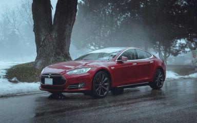 Tesla Model S 2015 отзыв автора | Дата публикации 29.06.2018.