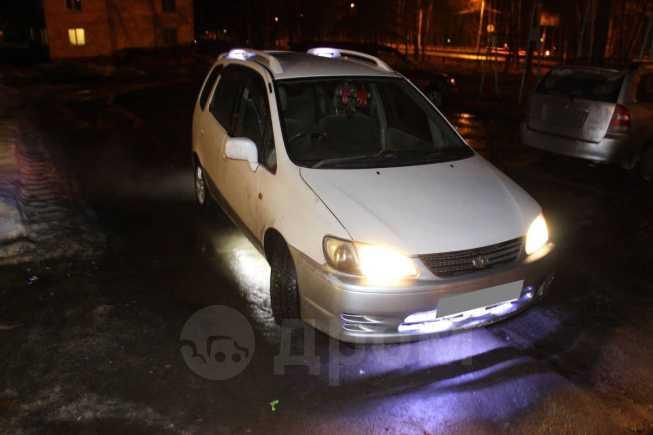 Toyota Corolla Spacio, 1996 год, 230 000 руб.