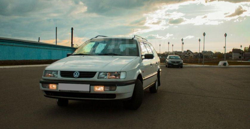 Volkswagen Passat, 1994 год, 195 000 руб.