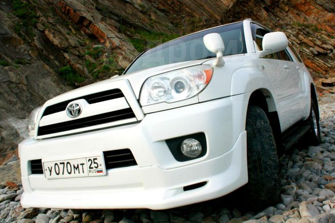 Toyota Hilux Surf, 2009 год, 1 390 000 руб.