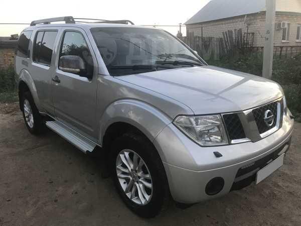 Nissan Pathfinder, 2007 год, 830 000 руб.