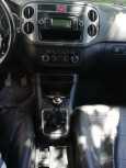 Volkswagen Tiguan, 2009 год, 580 000 руб.