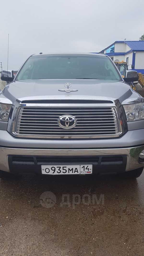 Toyota Tundra, 2010 год, 2 100 000 руб.