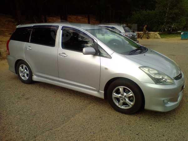 Toyota Wish, 2005 год, 569 000 руб.