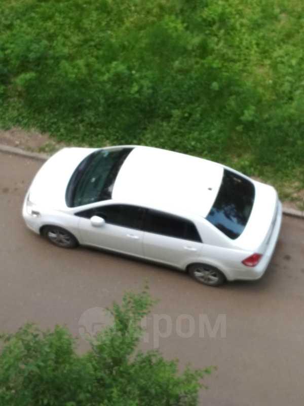 Nissan Tiida Latio, 2005 год, 350 000 руб.