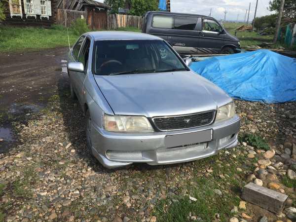 Nissan Bluebird, 1999 год, 111 222 руб.