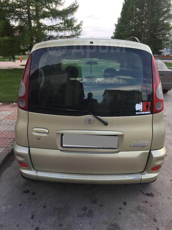 Toyota Funcargo, 2000 год, 240 000 руб.