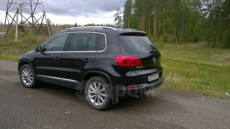 Volkswagen Tiguan, 2013 год, 1 000 050 руб.