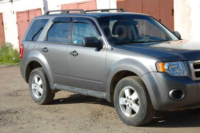 Ford Escape, 2010 год, 679 000 руб.