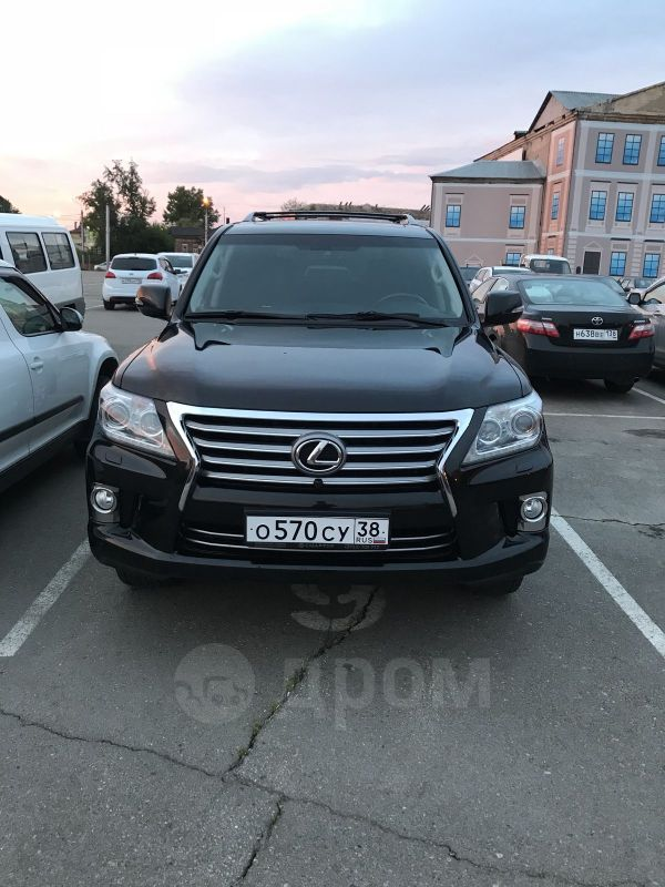 Lexus LX570, 2013 год, 2 900 000 руб.