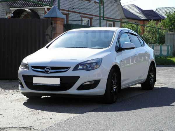 Opel Astra, 2014 год, 585 000 руб.