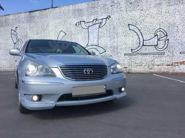 Toyota Crown Majesta, 2005 год, 390 000 руб.
